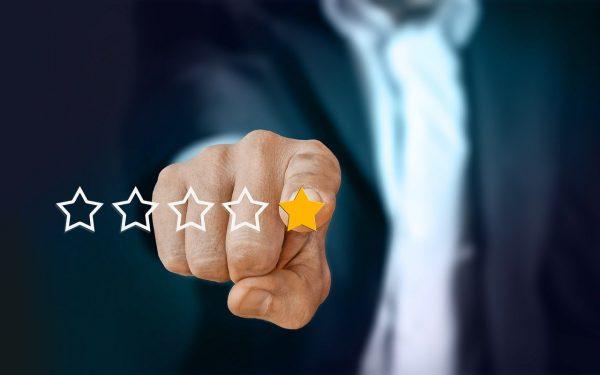 Recensioni online: il peso delle cinque stelle per aziende e consumatori
