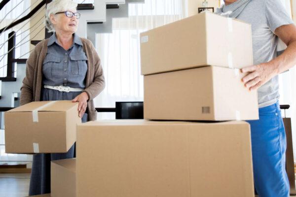 Consigli utili per trasportare mobili pesanti sulle scale